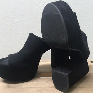 df68affe4b H&M Shoes | Stylish Black Platform Mules | Poshmark